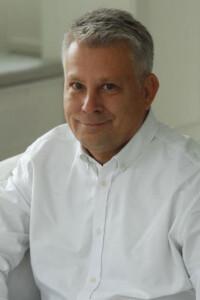 dr hab. n. med. Piotr Dobroński