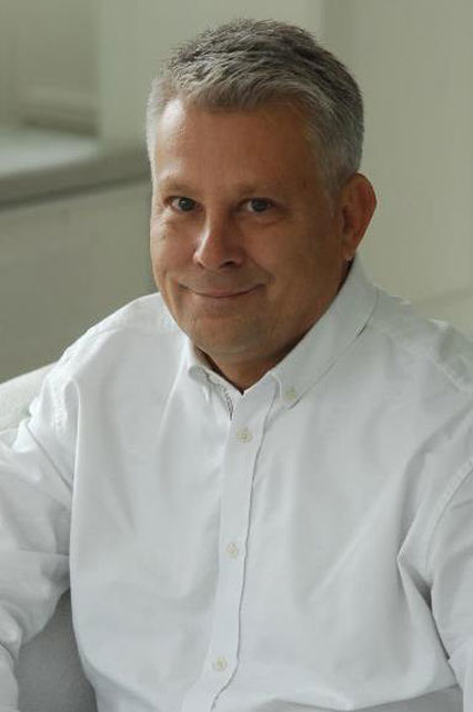 dr Piotr Dobroński
