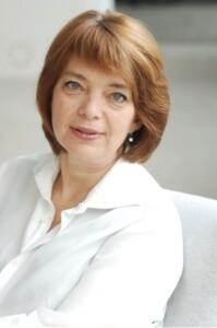 dr Beata Szerstobitow